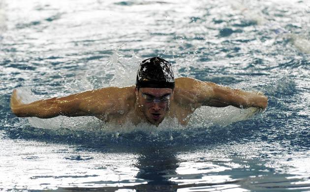 piscina de Batallones se disputa el Memorial Juan Varela de natación Marcos Álvarez
